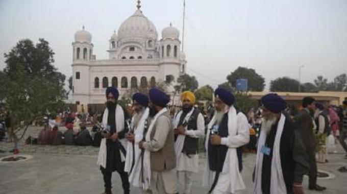 2_09_07_35_500-year-old-Gurudwara-in-Paks-Punjab-province-opens-doors-for-Indian-Sikh-pilgrims_1_H@@IGHT_504_W@@IDTH_900.jpg