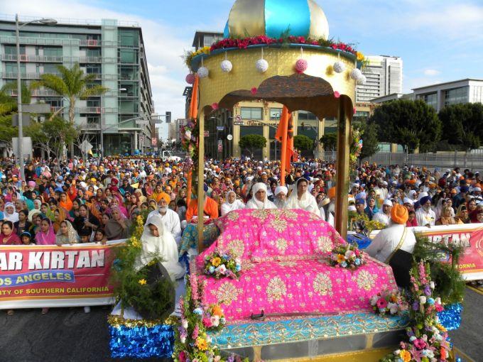 Guru's Float.JPG