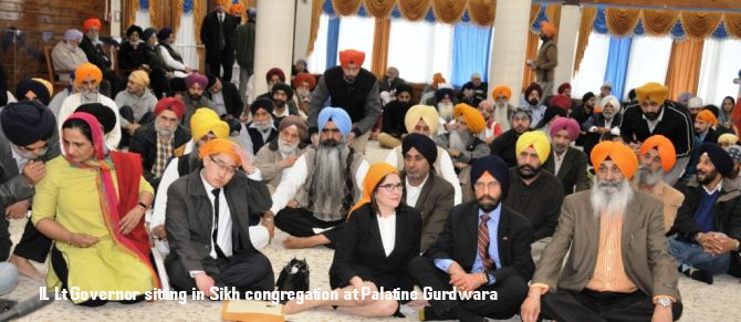 IL Lt Governor sitting in Sikh congregation at Palatine Gurdwara_c_DSC_4806.JPG