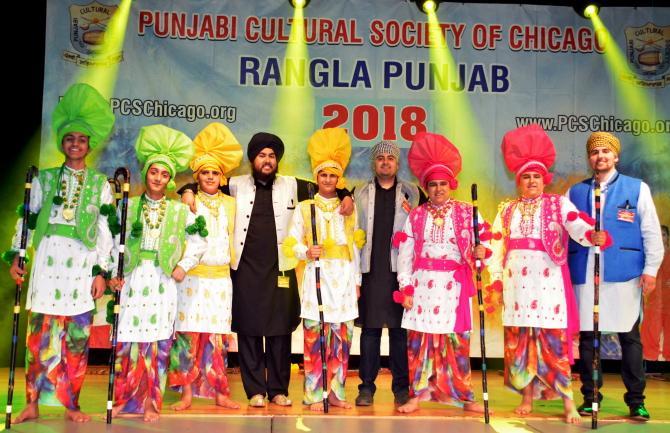 Kaum Punjab Di_Bhangra Group.JPG