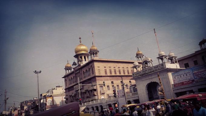 Sheesh_Ganj_Gurudwara.jpg