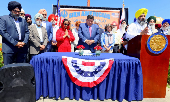 Sikh Awareness and Appreciation Month of April_Bill HB2832 Signing_3 Aug 2019_at Palatine gurdwara_ardaas.JPG