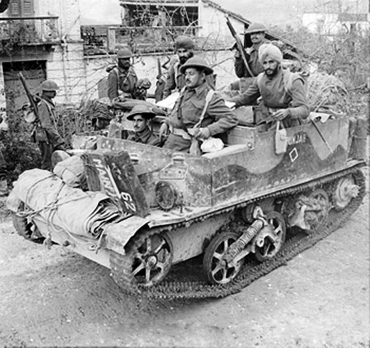 Members of Punjab Regiment on a bren gun carrierin Florence italy (212K)