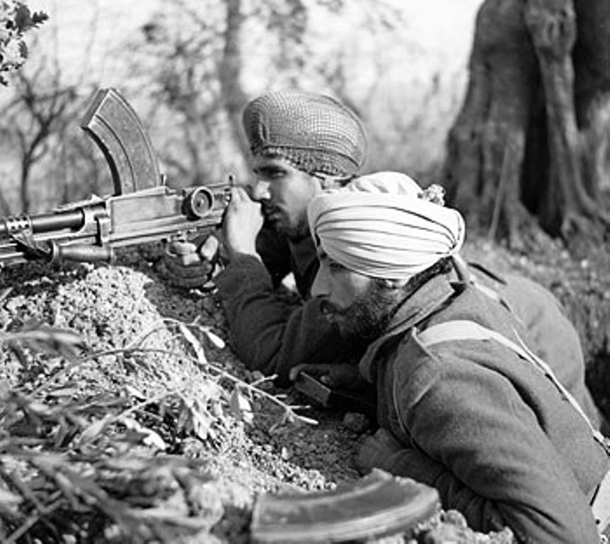 Sikh soldiers in italy 1 (125K)