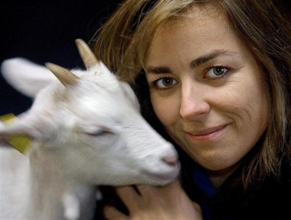 slaughter jewish personals As the government prepares to vote on animal-rights legislation to prohibit kosher  and halal slaughter, opposition lawmaker michal kaminski.