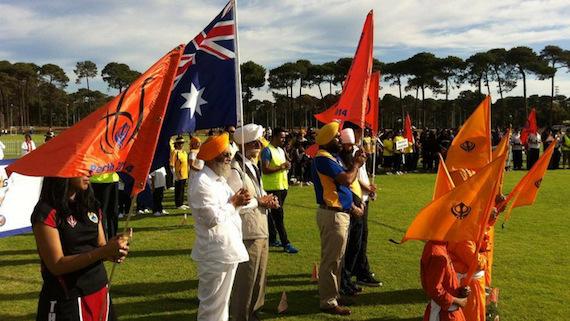 Australia-Sikh-Flag (107K)