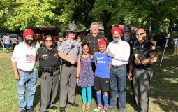 SikhsWithSpringfieldPolice.jpg: Sikh Community members with Springfield, Ohio police officers