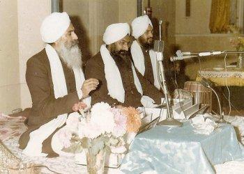 Bhai Avtar Bhai Gurcharan Singh Ragi and Bhai Swaran Singh (tabla)