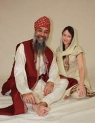 Freedom and Leela, Gurbani Kirtan Singers, Kundalini Yoga Music