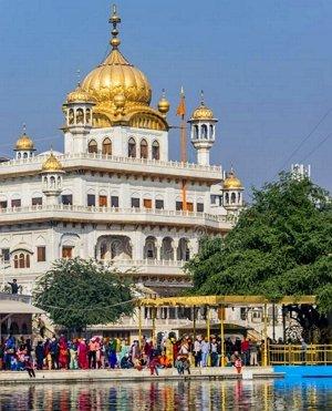 akal-takht-sikh-political-assembly-building-amritsar-india-reflections-white-buildings-sikh-religious-authority-300.jpg