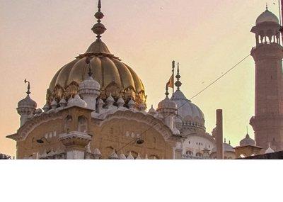 Gurdwara_Dehra_Sahib_and_Samadhi_of_Ranjit_Singh.jpg
