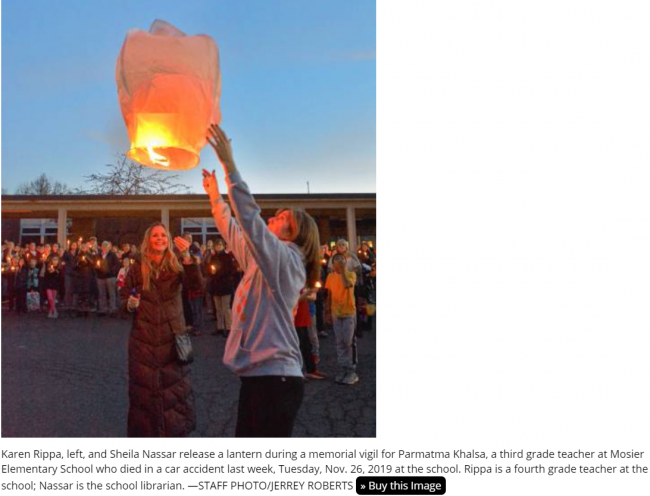Khalsa remembrance floating lamp.png