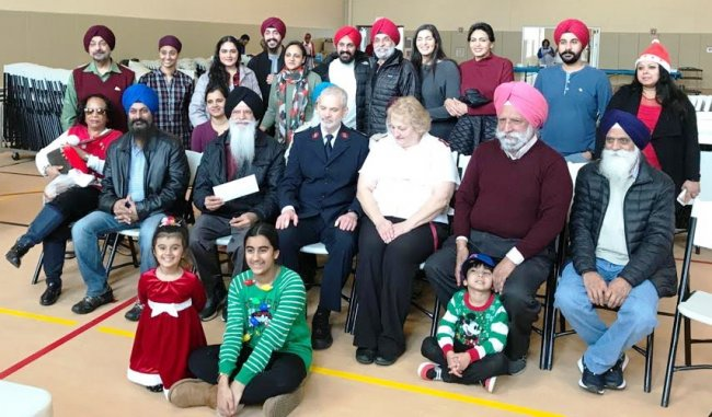Sikh Volunteers Group_Salvation Army_Lunch_ Chrismas Day_2018.jpg